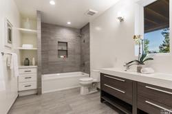 contemporary-full-bathroom-with-rain-shower-and-built-in-bookshelf-i_g-ISp55tyz721wjv0000000000-lh_f