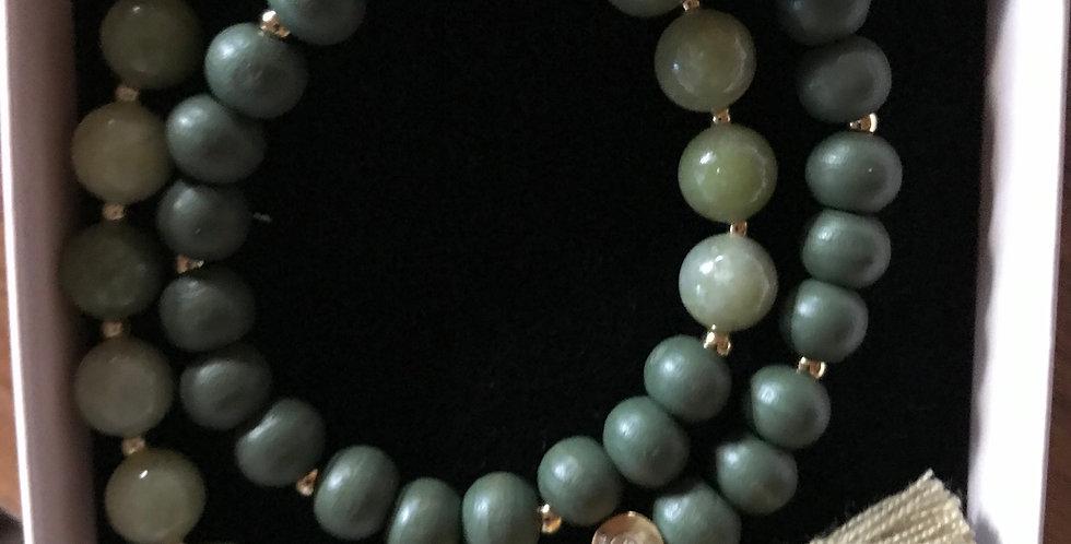 Bracelet élastique, perles de bois et pierre s.-précieuse, argent sterling,army
