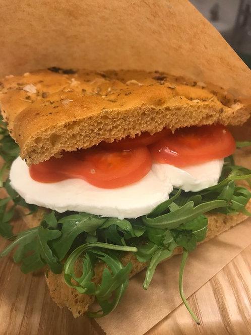 Focaccia med pesto, tomat & mozzarella