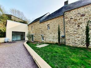 maison-pierre-suisse-normande.jpg