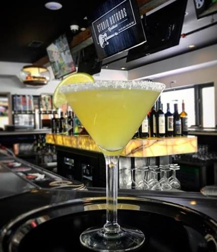 Studio Hotrods Roadhouse Martini