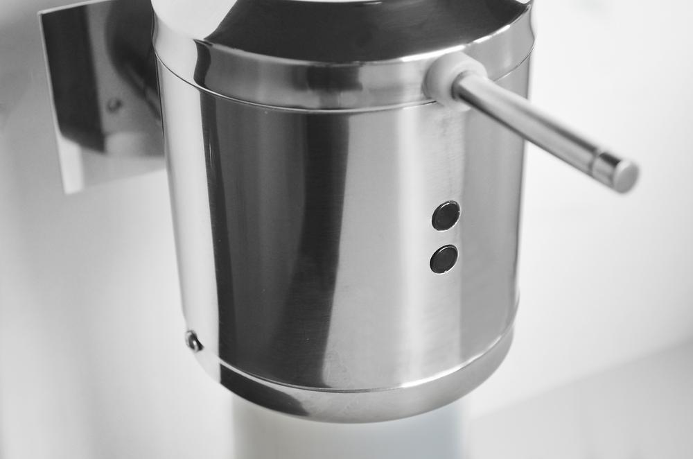 Dispenser com Sensor para Degermantes Cirúrgica - 90.381