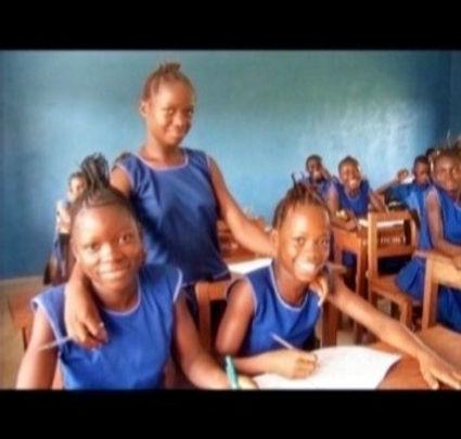 african students_edited_edited_edited_edited_edited.jpg