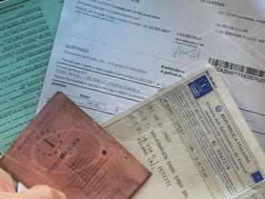 Quali sono i  documenti da tenere in auto?