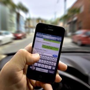 Sicurezza e distrazione in auto