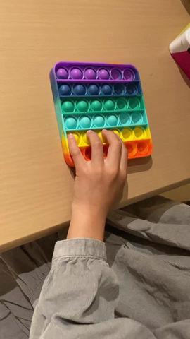 「プッシュバブル」で指のフォームづくり