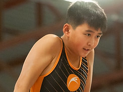 MAG athlete on high bar
