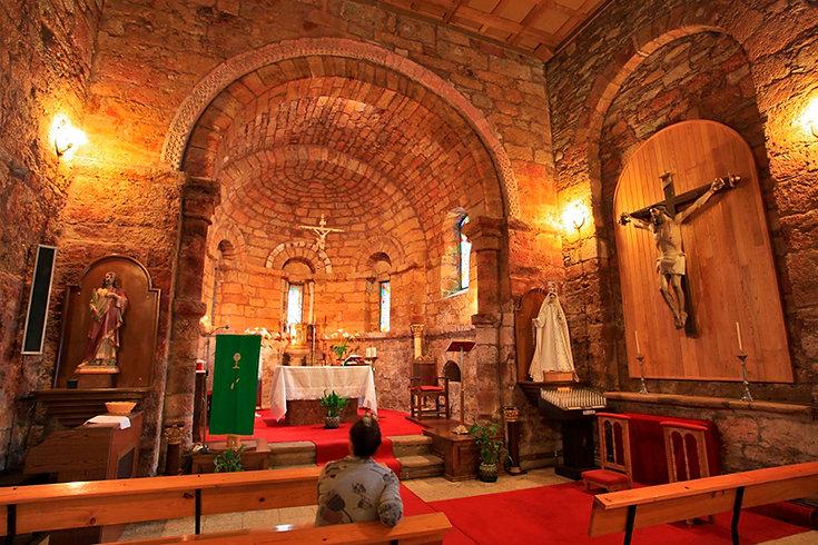 Iglesia San Clodio-Interior-WEB.jpg