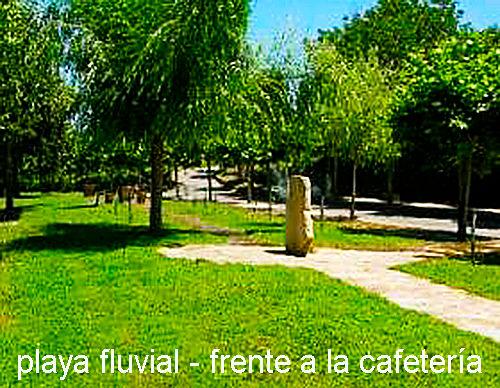 Playa fluvial de San Clodio-frente cafet