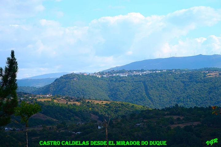 Vistas Duque-Castro Caldelas-WEB.jpg