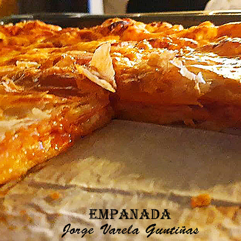 Empanada-2-WEB.jpg