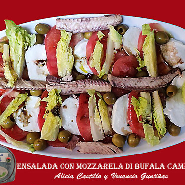 Ensalada con Mozzarela-WEB.jpg
