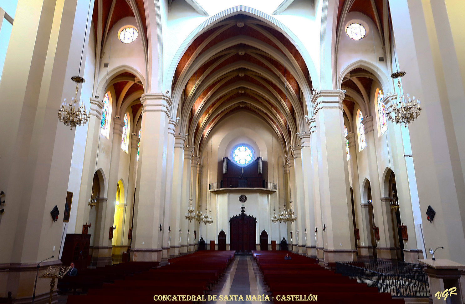 Nave Central- trasera-0-WEB.jpg