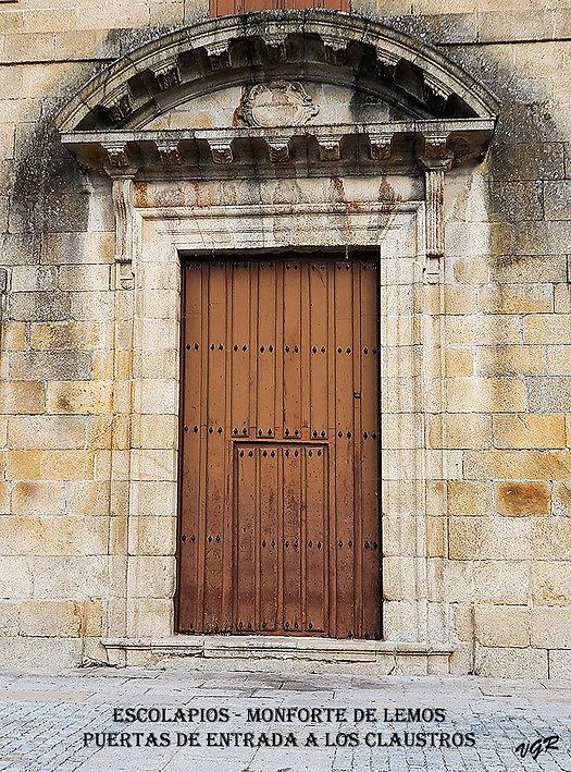 Escolapios-Puerta claustros-WEB.jpg