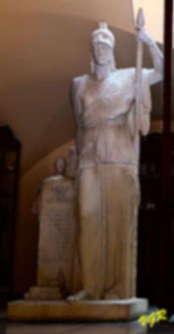 Estatua Minerva-WEB.jpg