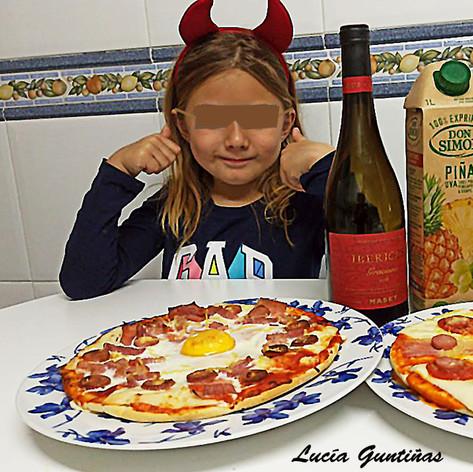 Lucía_y_sus_Pizzas2-WEB.jpg