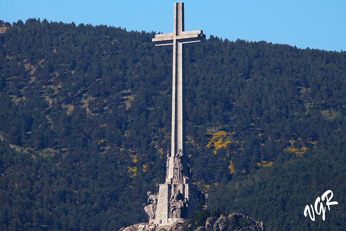 Cruz Caidos-Jarosa-2-WEB.jpg