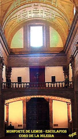 Escolapios-Coro Iglesia-WEB.jpg