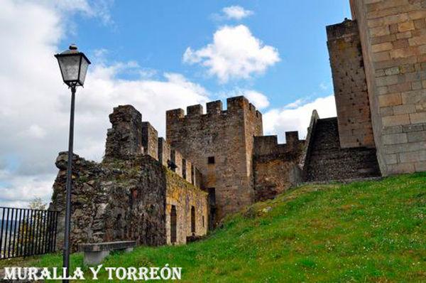 Muralla+Torreon.jpg