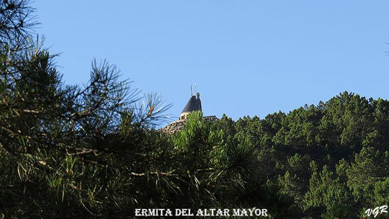 Ermita Altar Mayor-2-WEB.jpg