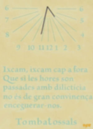 Edificio Municipal--reloj sol-WEB.jpg