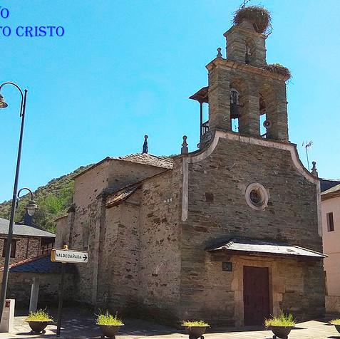 Ermita del Santo Cristo en Toral de Mera