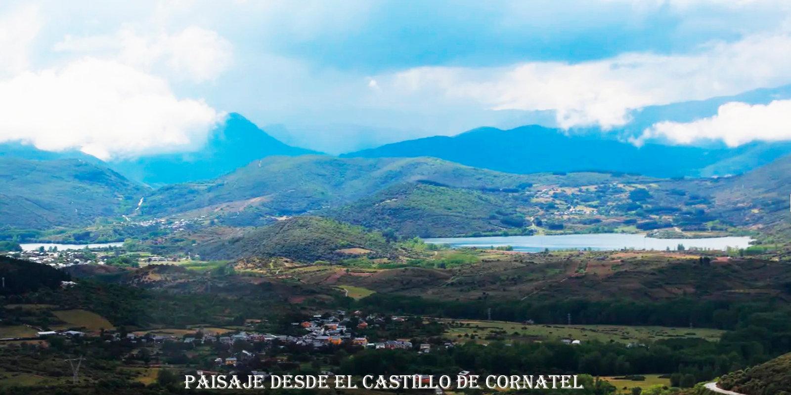 Paisaje desde el Castillo de Cornatel--w