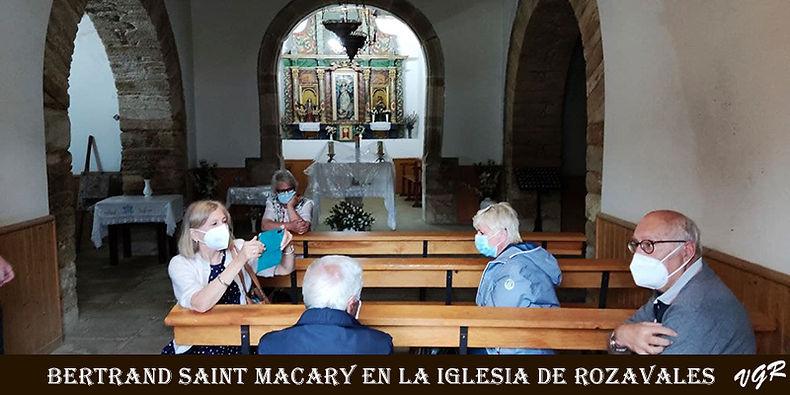Bertrand-visita Iglesia-1-WEB.jpg