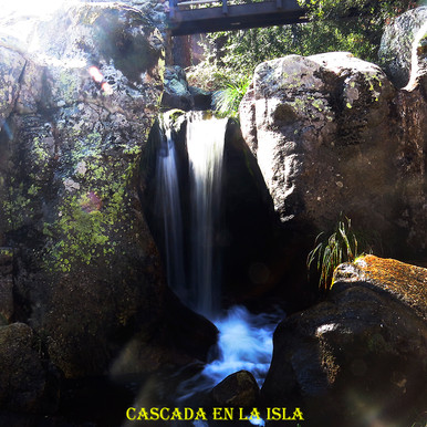 Cascada en la isla-WEB.jpg