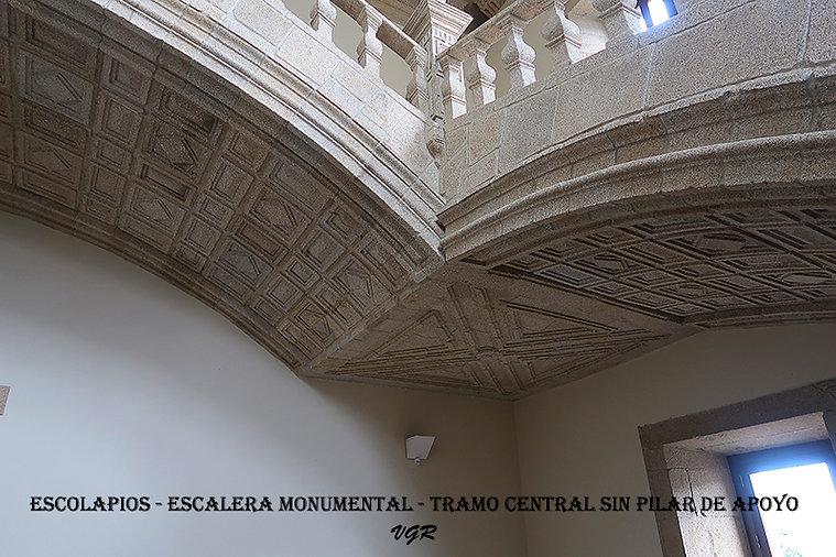 Escalera-Punto sin pilar-WEB.jpg