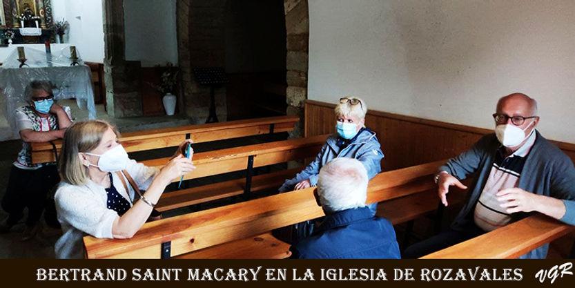 Bertrand-visita Iglesia-2-WEB.jpg