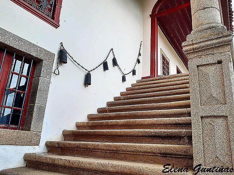 Cadenas-Escaleras-WEB.jpg