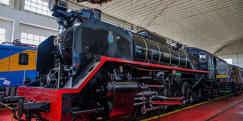 Locomotora-1-WEB.jpg