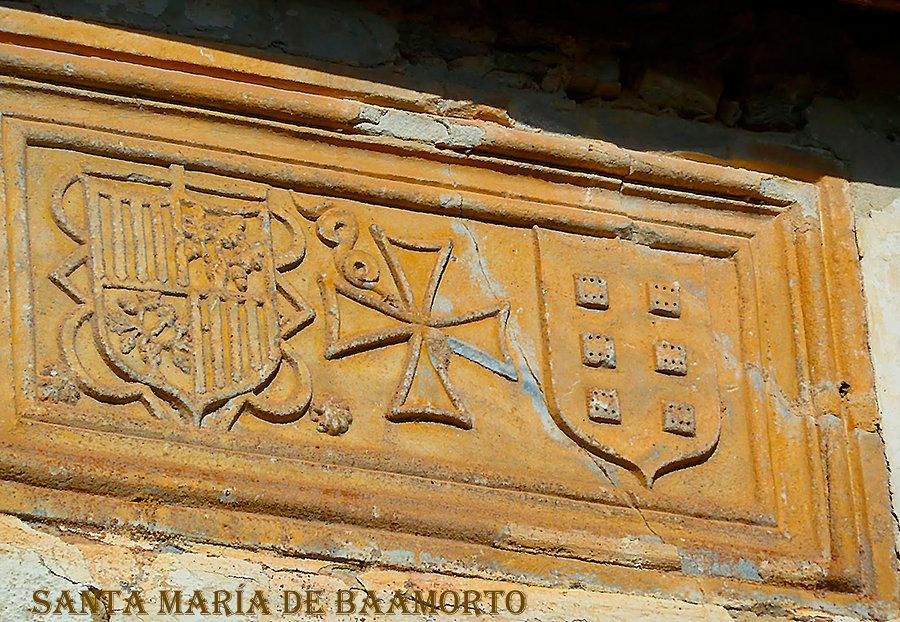 escudo Orden de Malta en rectoral de Baa