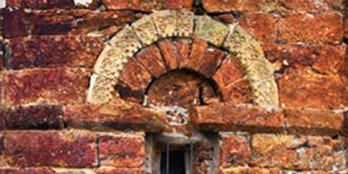 Iglesia San Clodio-contraste piedras-WEB