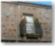 Casa con dos escudos.jpg