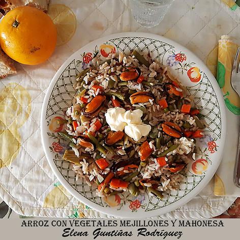 arroz con vegetales mejillones y mahones
