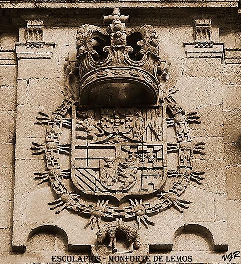 Escudo fachada Escolapios-1-color-WEB.jp
