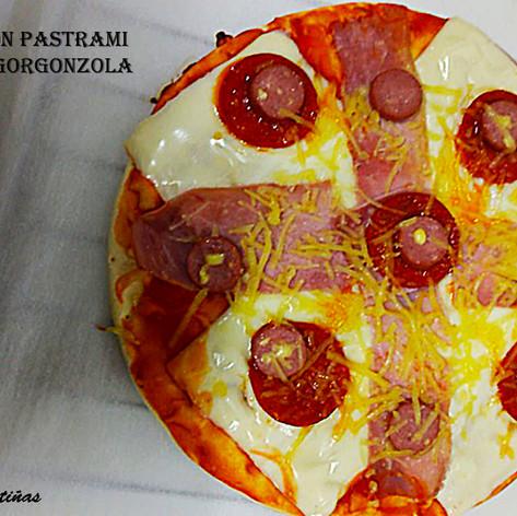 Pizza Lucia con Pastrami-WEB.jpg