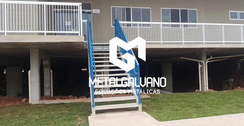 Escada metalica metalgalvano (5).jpg