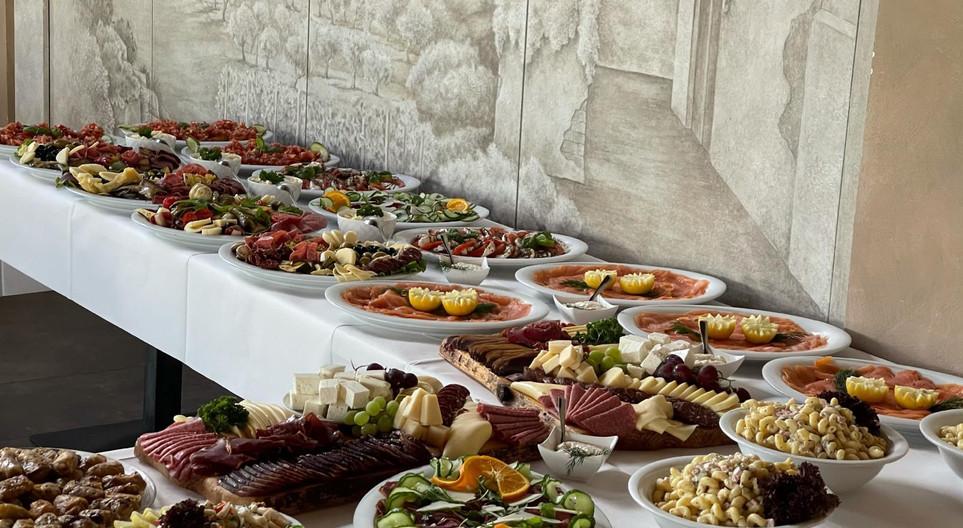 buffet-für-hochzeit.JPG