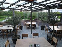 die terrasse des italienischen restaurants