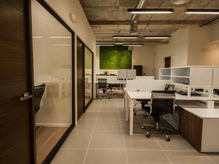 Construcción de oficinas: diseño que aumenta la productividad de tu negocio