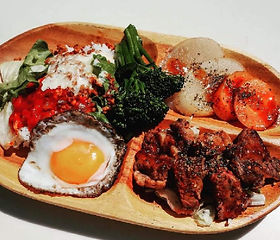 有機野菜とハラミステーキ&タコライスのスペシャルプレート.JPG
