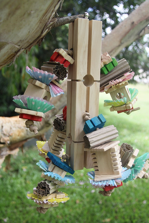 Busy Birdie Foraging Tower