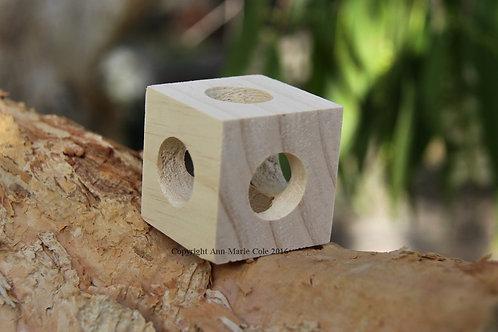 Sticky Beak Foraging Cube - Large