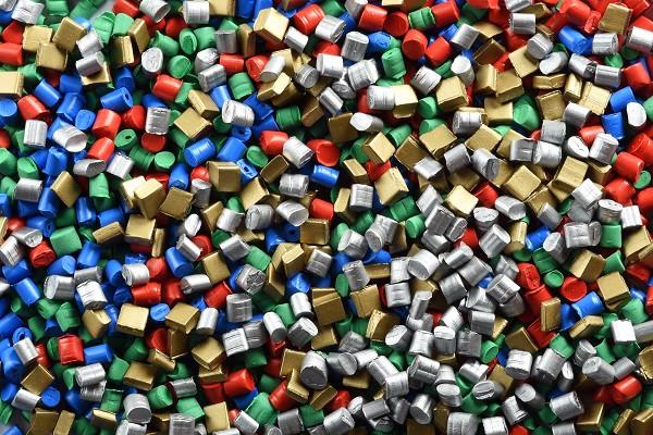 Plastic pellets/granules