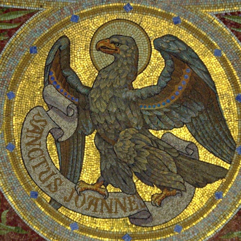 Adler des Heiligen Johannes (Detail), Mosaik in der Iglesia de San Manuel y San Benito in Madrid (Spanien); Foto: Buho07 via Wikimedia Commons