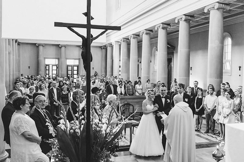 ślub w kościele Dominikanów w Poznaniu