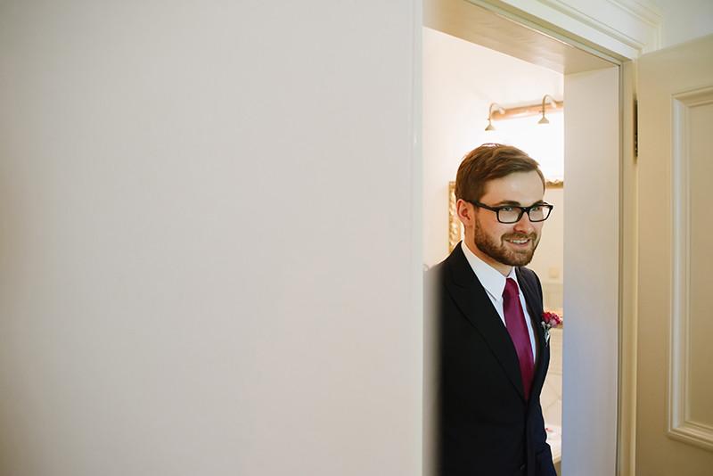 przygotowania Pana Młodego do ślubu w Pałacu Zdunowo